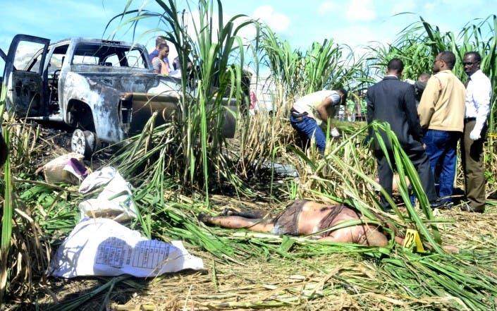 En los cañaverales de Yaguate fueron encontrados los cadáveres de    tres hombres asesinados. Elieser Tapia