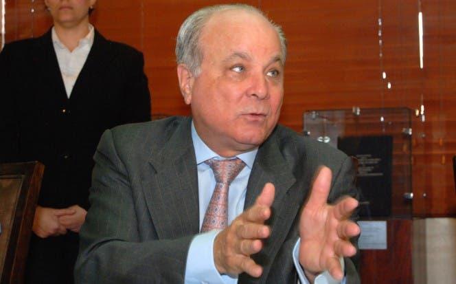 Rafael Camilo informó que la medida a favor de los usuarios comenzará a aplicarse en este mes. archivo