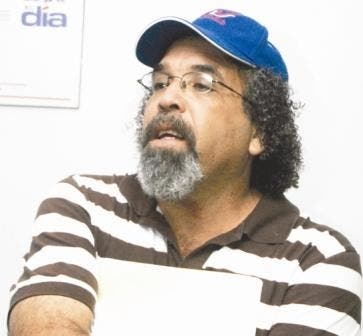 El padre Rogelio Cruz renunció a la fundación que fundó en el 2005 a solicitud de sus superiores en la orden Salesiana.