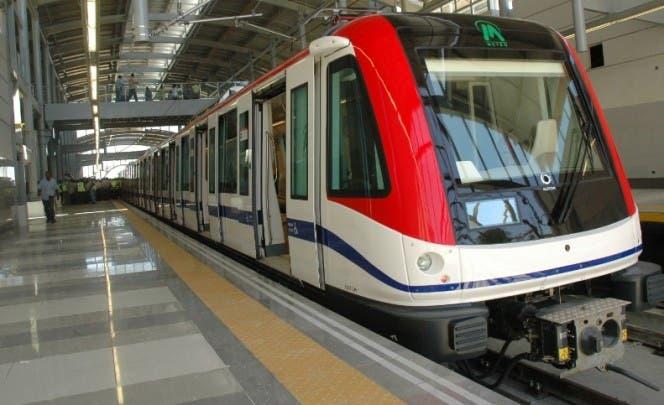 Gobierno prohíbe circulación autobuses e interrumpe servicios OMSA, Metro y Teleférico