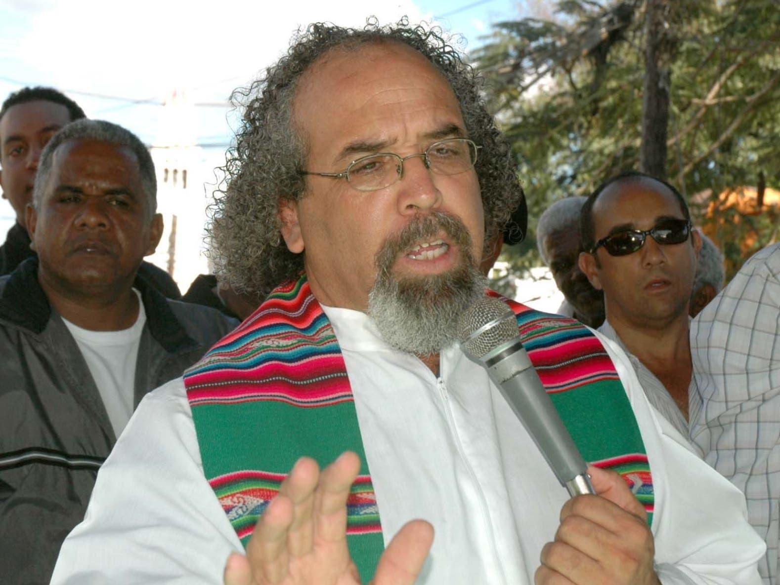 Rogelio Cruz se  negó a acatar decisión de sus superiores.