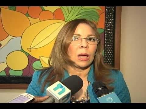 Iris Guaba, diseñadora