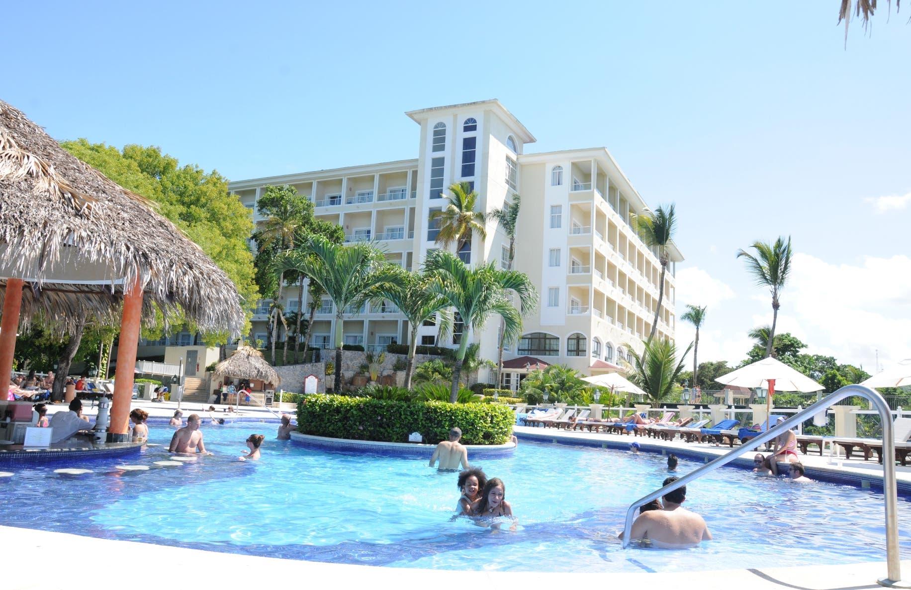 Hoteles ponen a aclimatación 1,500 habitaciones para sospechosos del Covid-19 | El Día