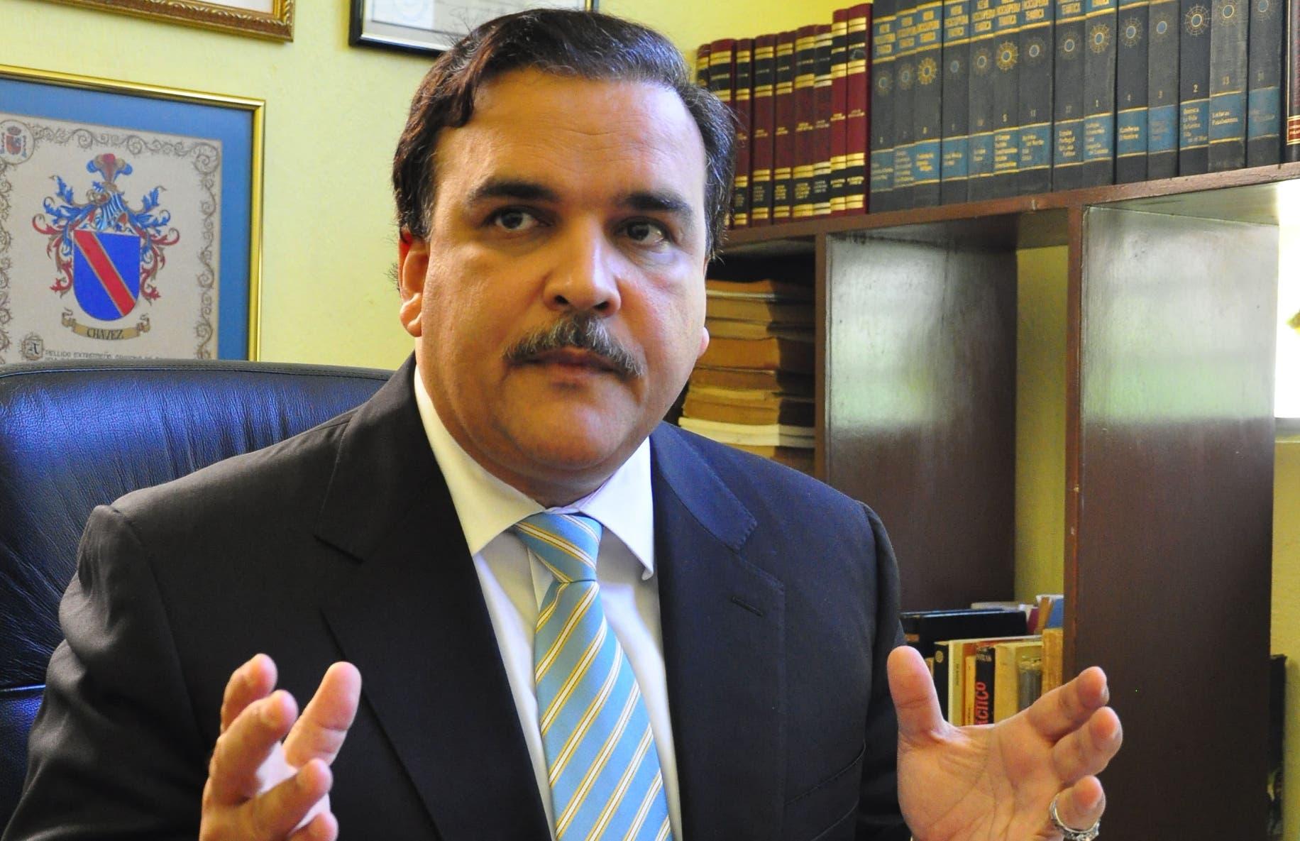 Elías Wessin Chávez. Archivo