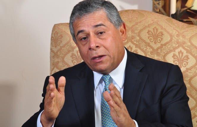 Salcedo inicia proceso plaza Nelson Mandela