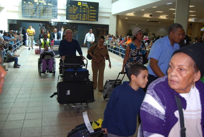 pasajeros-Aeropuerto Las Américas