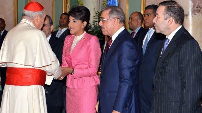 Medina recibió  felicitaciones  de diplomáticos  y eclesiásticos