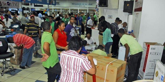Comercio celebra hoy Día de la Independencia con descuentos