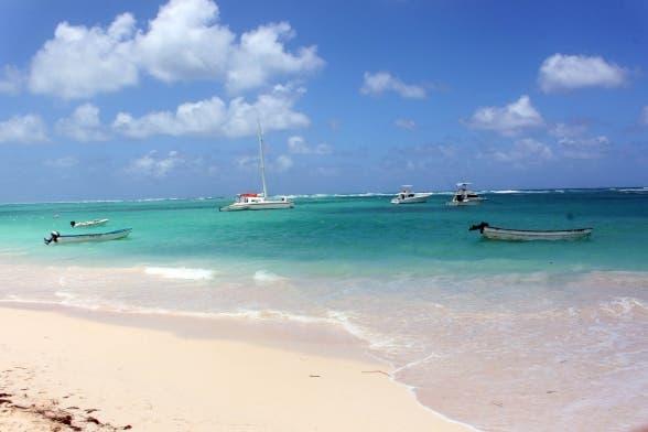 Gobierno prohíbe el alcohol en las excursiones turísticas