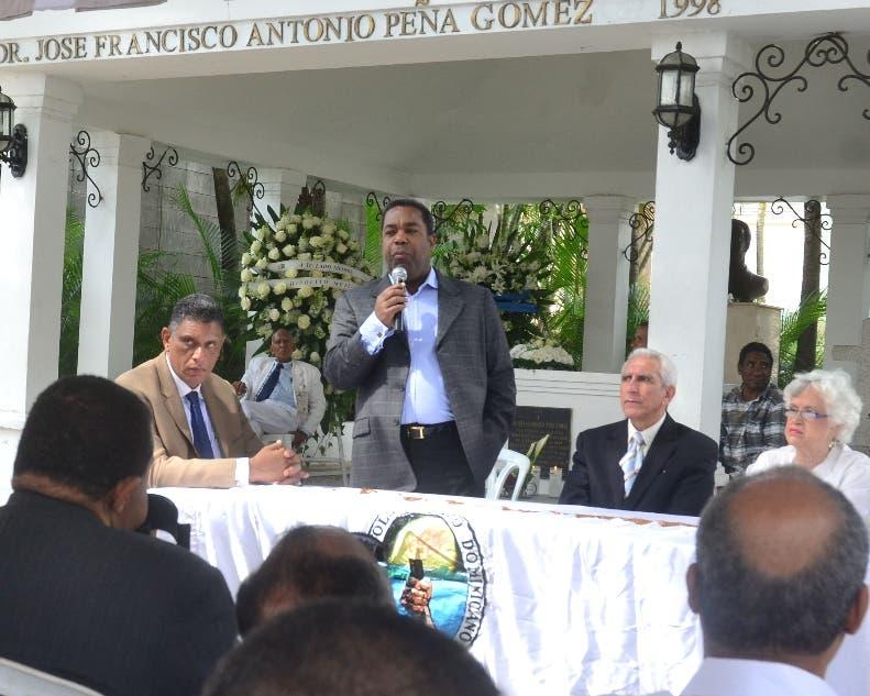 Una vez más PRD recuerda  natalicio  de Peña separado