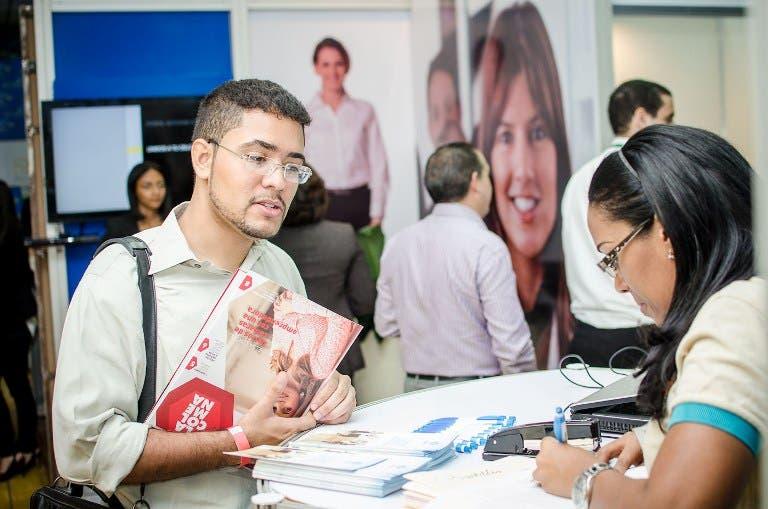 Feria de empleos recogerá más de mil perfiles para sector servicios