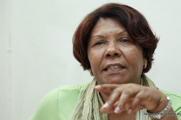 Mujeres Trabajadoras realizarán vigilia en rechazo a modificación Código Laboral