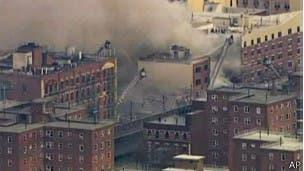 Acienden a siete los muertos por colapso de edificio en Nueva York