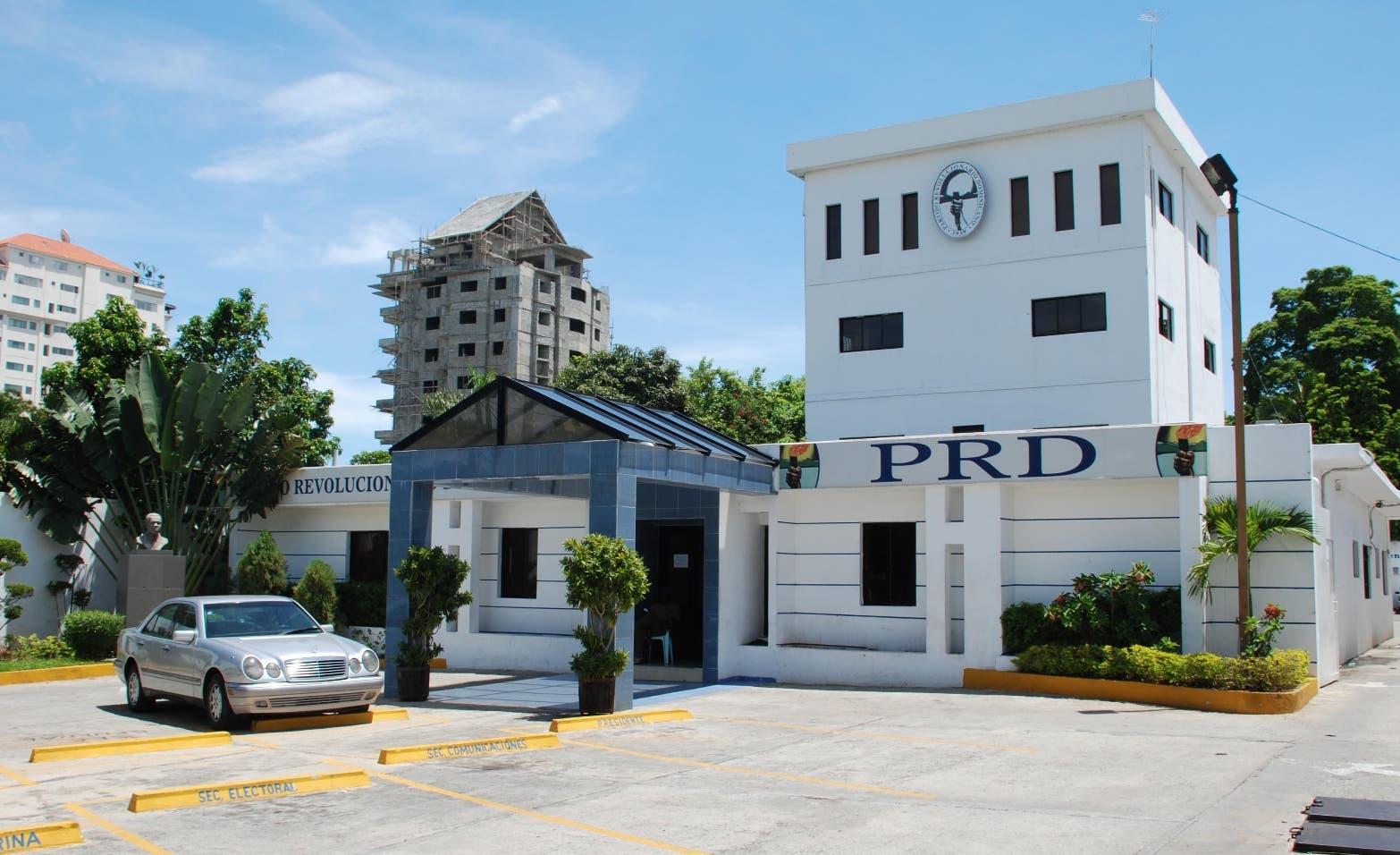 PRD demanda reducción de los combustibles y de la tarifa eléctrica