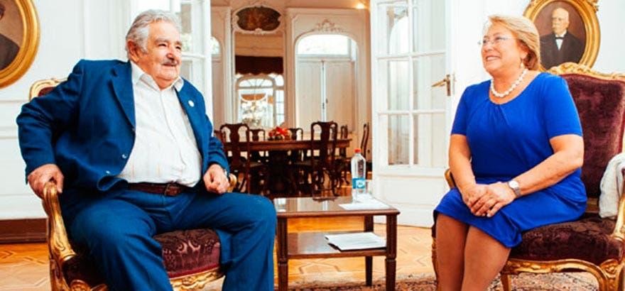 bachelet_se_reune_en_bilaterales_con_cristina_fernandez_y_jose_mujica0