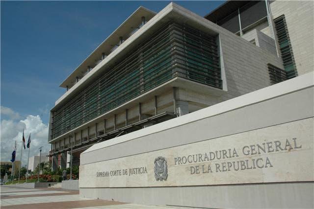 Recurrirán sentencia deja en libertad a 2 implicados en caso 333 kilos coca