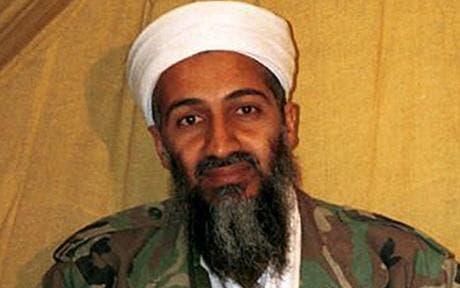 """""""Osama Bin Laden se radicalizó mientras estudiaba economía en la Universidad Rey Abdulaziz de Yeda"""", según su madre  Alia Ghanem."""