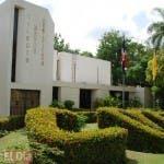 Fachada de la sede del Colegio Médico Dominicano.