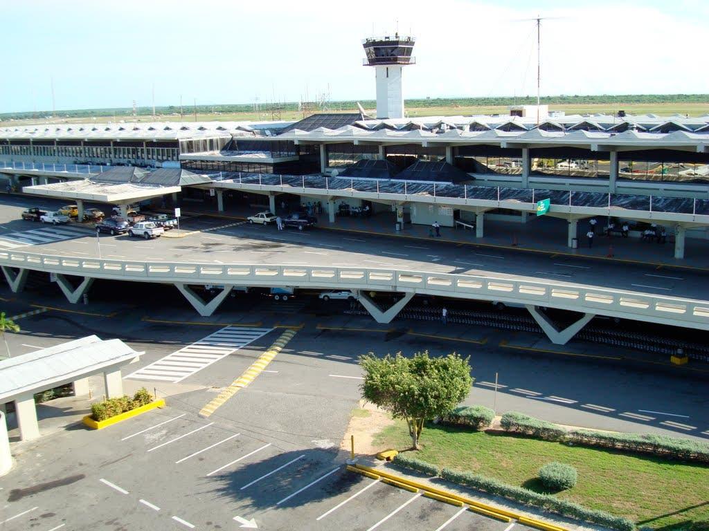 Habrá cierre de pista y corte energético en Aeropuerto Las Américas por mantenimiento