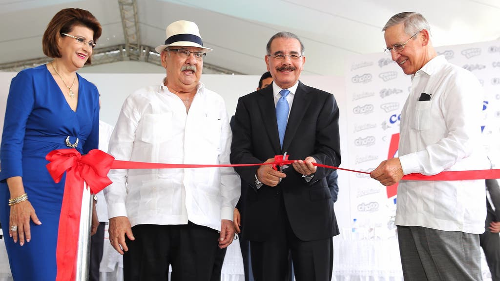 Inauguran una fábrica de «corn flakes»  en San Pedro de Macorís