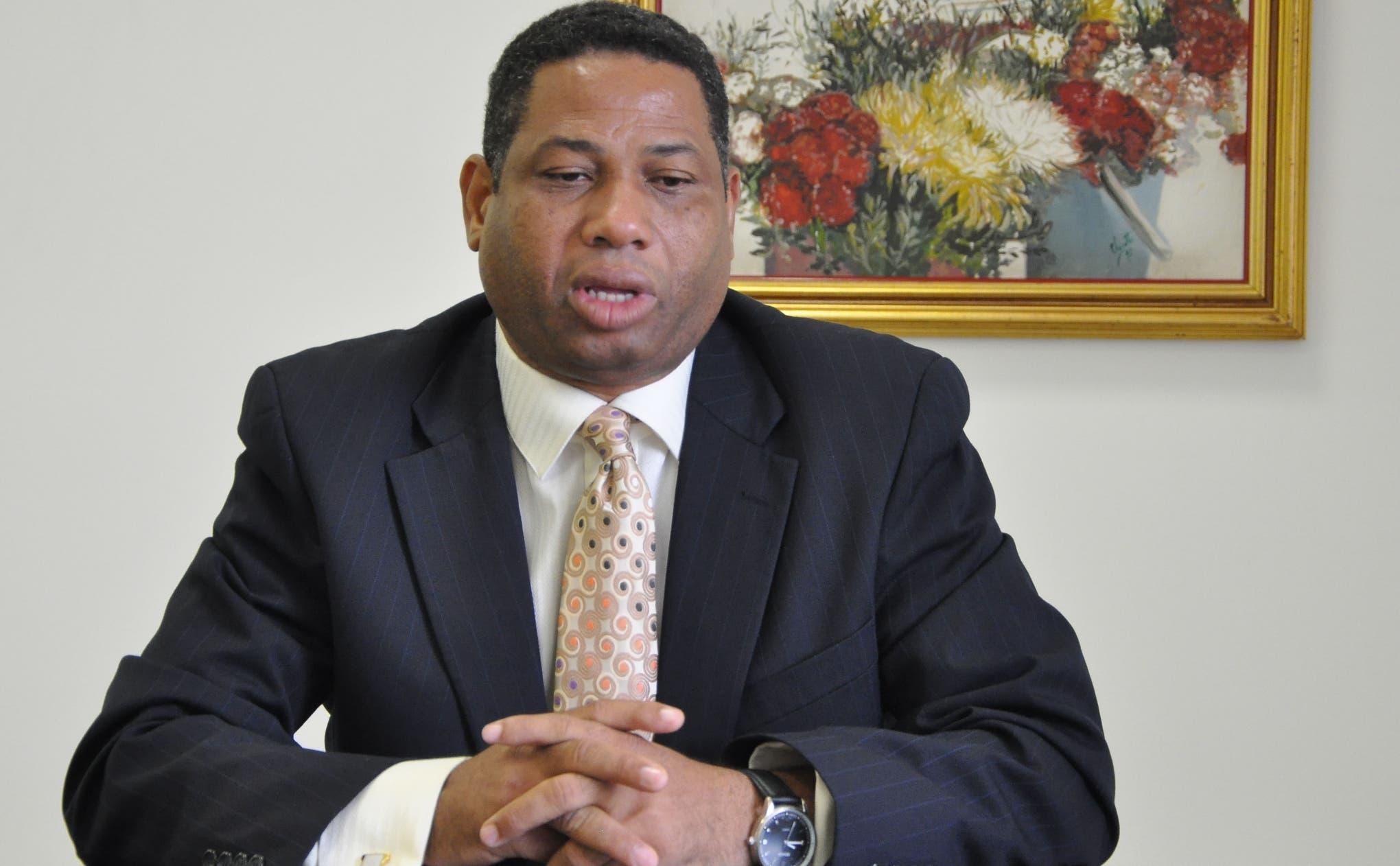 Solicitan al TC anule sentencia del TSE favoreció a Trajano Santana