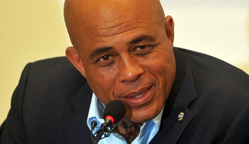 Haití: La OEA apoya a Martelly, pero urge a celebrar elecciones