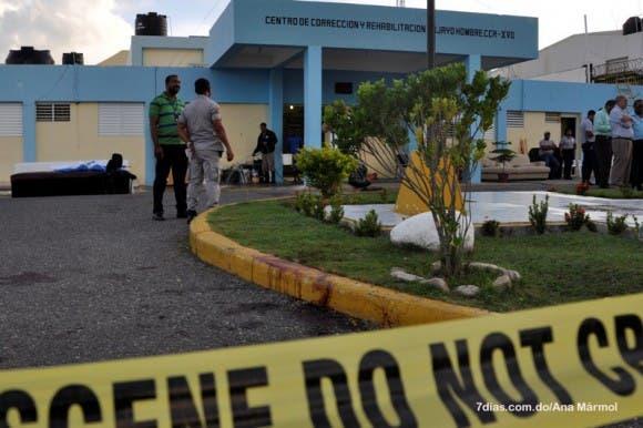 Apresan a dos presuntos participantes en asalto a cárcel de Najayo