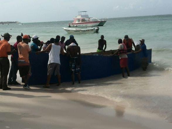 Rescatan a 48 inmigrantes haitianos al tratar de llegar ilegal a Puerto Rico