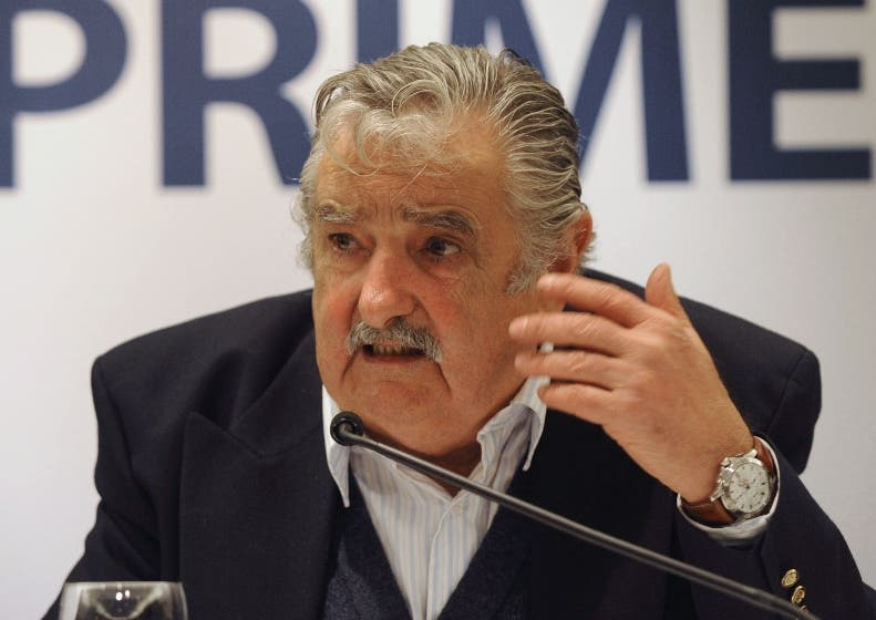 URUGUAY-ELECTIONS-PRESS-MUJICA