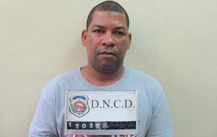 Tony-Milagros-Cuesta-Féliz-deportado-por-la-DNCD.