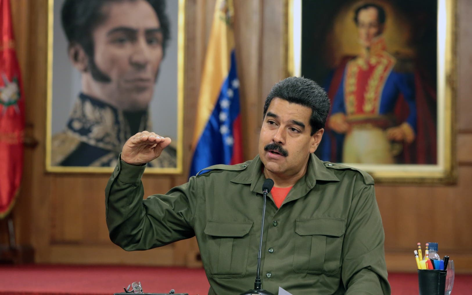 Maduro pide a Fuerzas Armadas prepararse para «guerra no convencional»