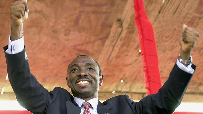 Martelly nombra primer ministro a Evans Paul