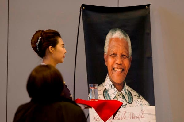 Sudáfrica recuerda a Mandela un año después de su muerte