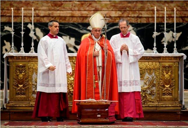 Papa advierte que «se está agotando el tiempo» para salvar el planeta