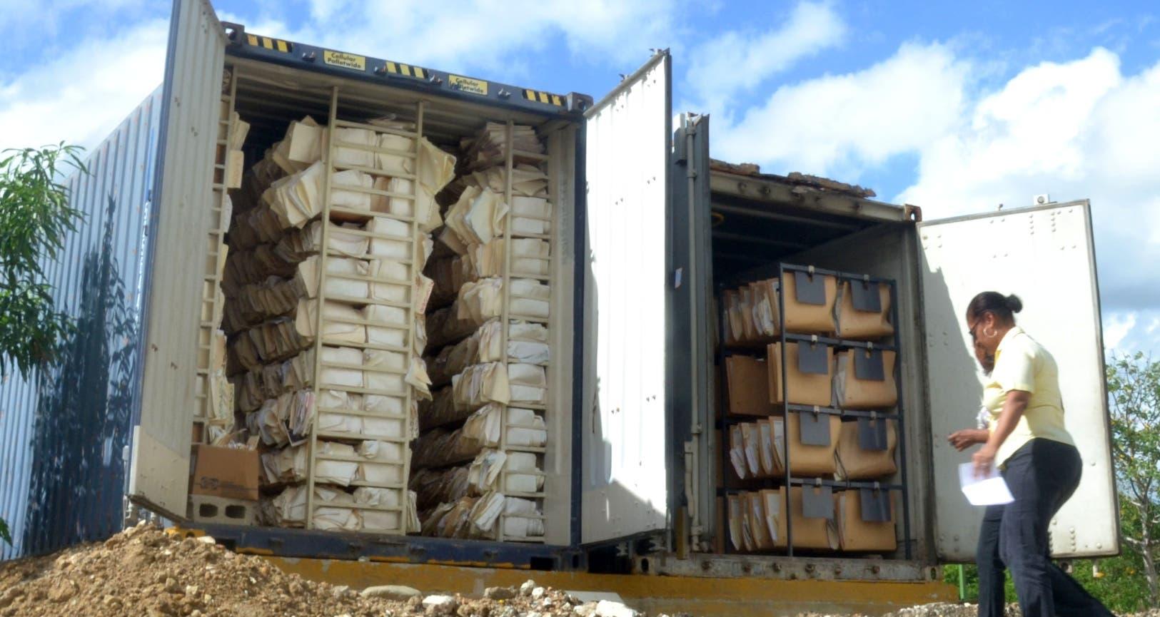 En el Calventi hay más de 400 mil expedientes, muchos en furgones
