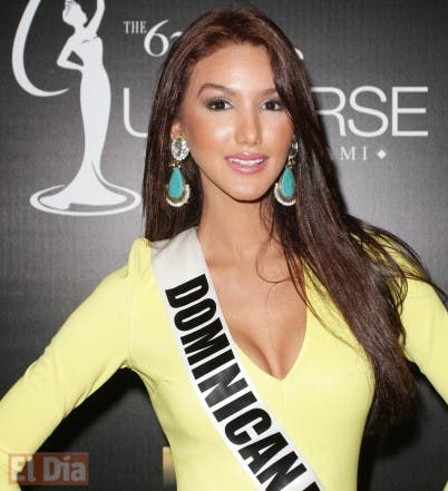 Kimberly Castillo en el Miss Universo Foto-12p013-402x441