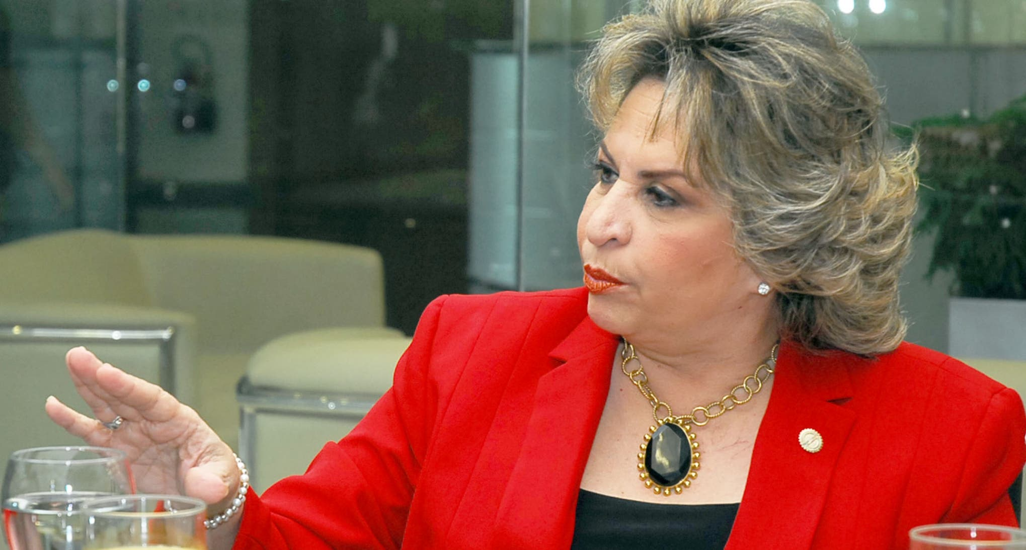 Alexandra Izquierdo.