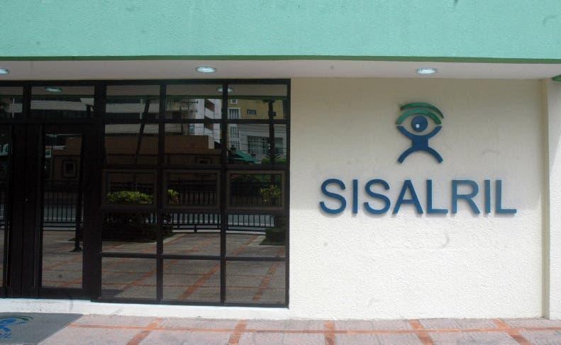 Fachada del edificio de la SISALRIL/FOTO José de León