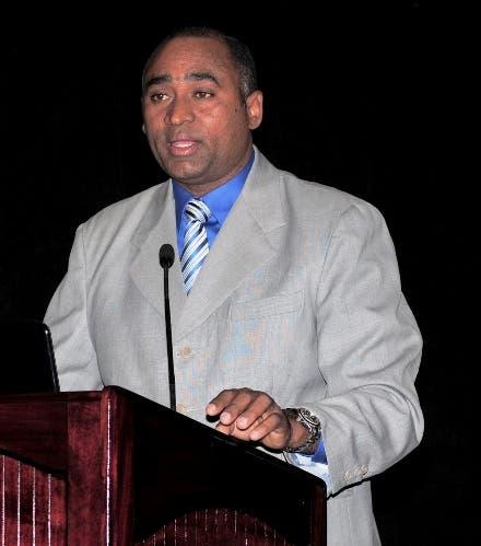 Licenciado Julito Fulcar Encarnación.presidente CONACOOP