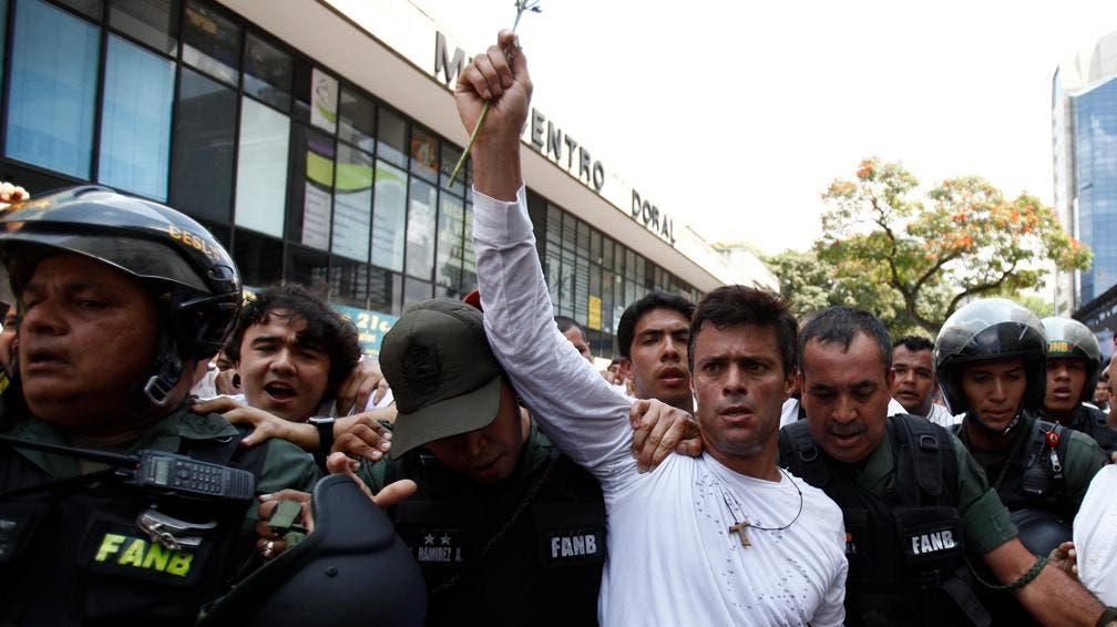 Generalizado rechazo a condena a venezolano Leopoldo López