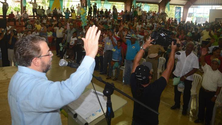 Guilllermo Moreno juramenta nuevos miembros de AlPaís