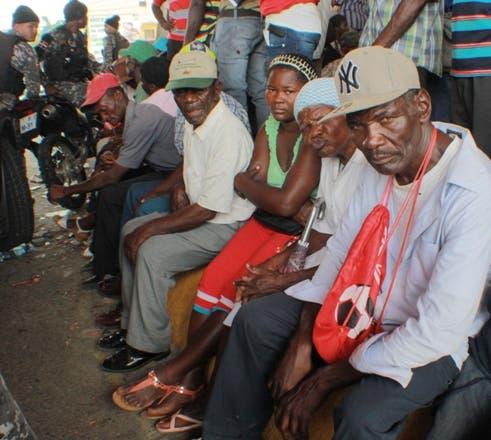 Haitianos-Regularización