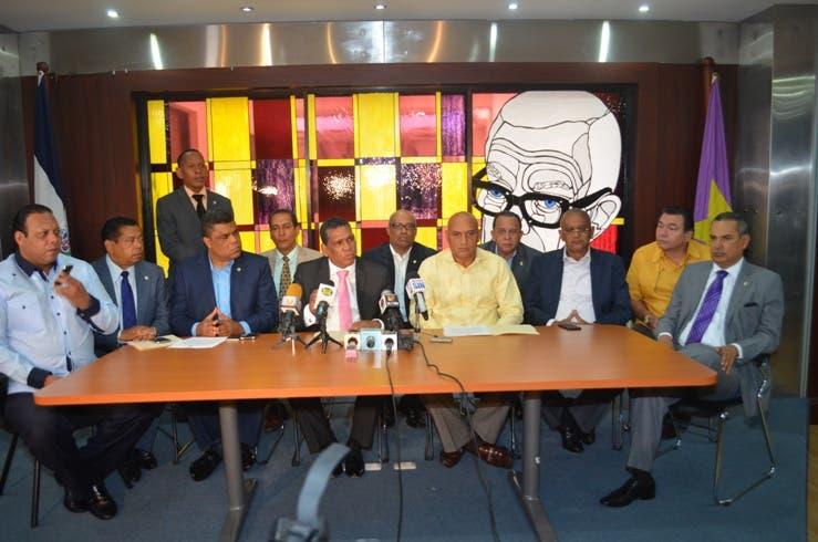 Diputados del PLD rechazan campaña de descrédito internacional contra RD