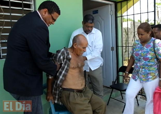 Según el diagnóstico de la doctora Maytex Calderón, el señor Ramón Julio Ortiz Garrido, presenta golpes en el tórax y trauma contuso en la cabeza del fémur derecho.