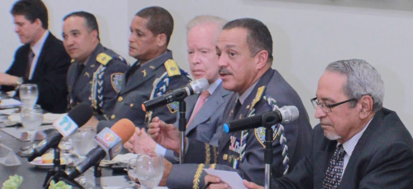 Peguero Paredes se compromete a  ser un jefe de Policía diferente