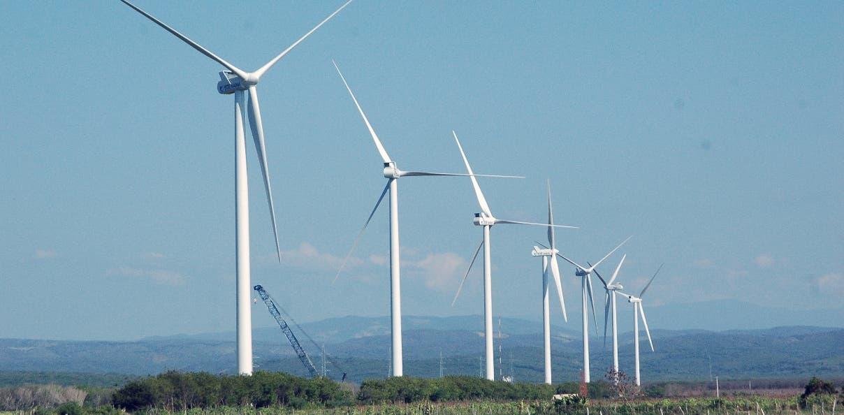 El parque eólico Los Cocos ha sido un modelo exitoso de proyecto de energía renovable en el país. Archivo