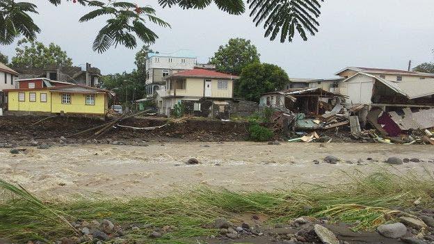 Dominica-daños