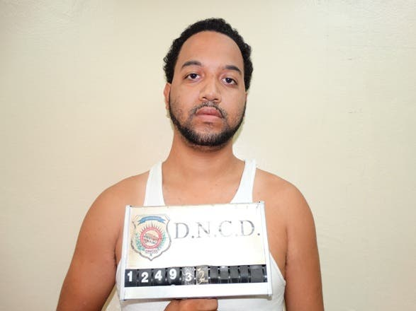 DNCD deporta dos extranjeros y extradita un dominicano a EE.UU