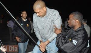 Toño Leña el día que fue extraditado hacia Estados Unidos, que lo requirió por narcotráfico.