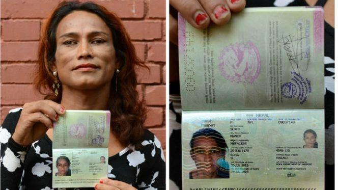 Transexual-obtiene-pasaporte-Nepal-FotoAFP_MEDIMA20150811_0122_24